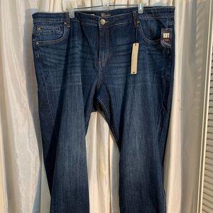 NEW. KUT Boyfriend Jeans